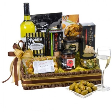 Gift Hampers - Send a Basket - cosmopolitan-500x500-H81