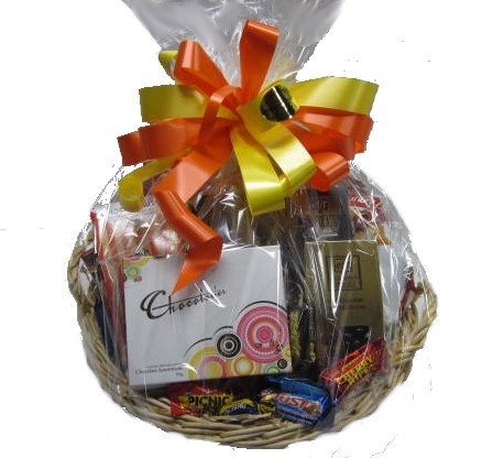 Gift Hampers - Send a Basket - p-742-sweet-baskt-easter