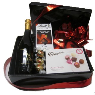 Romantic Basket - Send a Basket - p-864-champ-choc-box-75