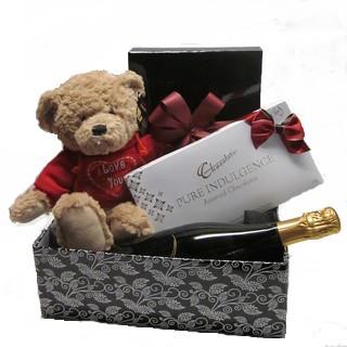 Romantic Basket - Send a Basket - p-876-val-bear-champ-choc-95