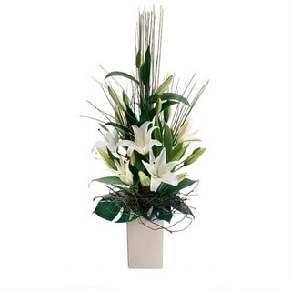 Best Gourmet Baskets - Send a Basket - p-598-tranqility-interflora-images-162-(custom)-1