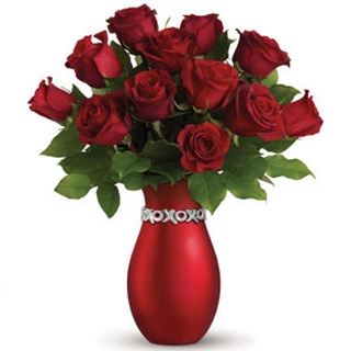 Romantic Basket - Send a Basket - p-1232-petals-xoxo-red-roses-HW0_533415