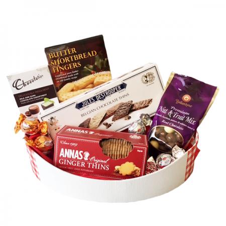 gift hamper send a basket Sweet treats 75