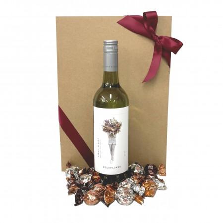wine-hamper-send-a-basket-white-wine-choccies