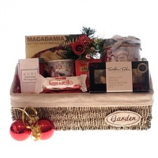 Christmas-gifts-send-a-basket-christmas-tea-sweets