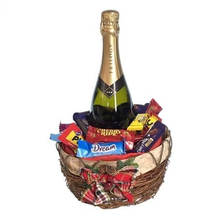Christmas-hamper-send-a-basket-sparkling-favourites