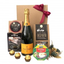 christmas-veuve-send-a-basket