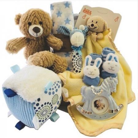 baby-basket-send-a-basket-family-of-friends-boy
