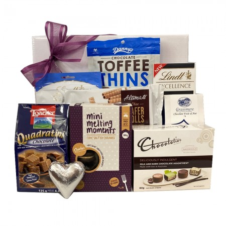 chocolate-hamper-send-a-basket-chocolate-sensation