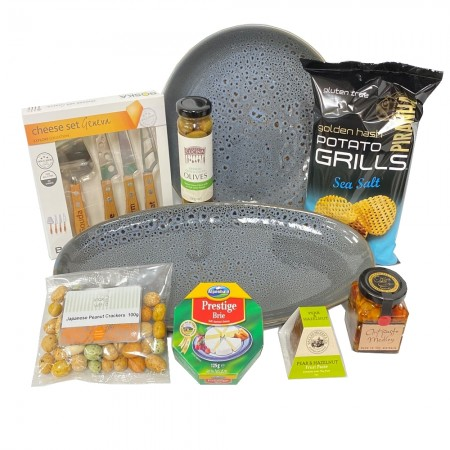 hamper-send-a-basket-chips-and-cheese