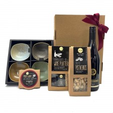hamper-send-a-basket-gourmet-wine-dips