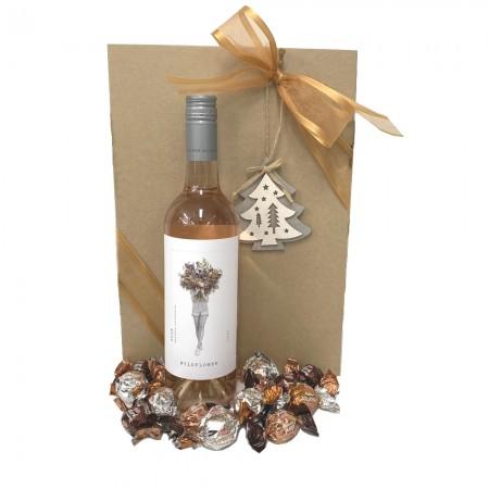 chritmas-gift-wine-hamper-send-a-basket-christmas-rose-choccies
