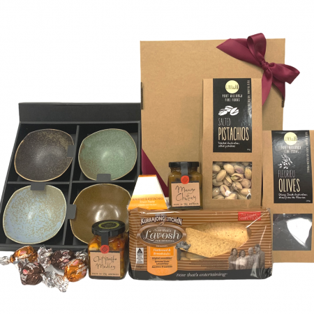 gourmet-gift-hamper-send-a-basket-east-meets-west